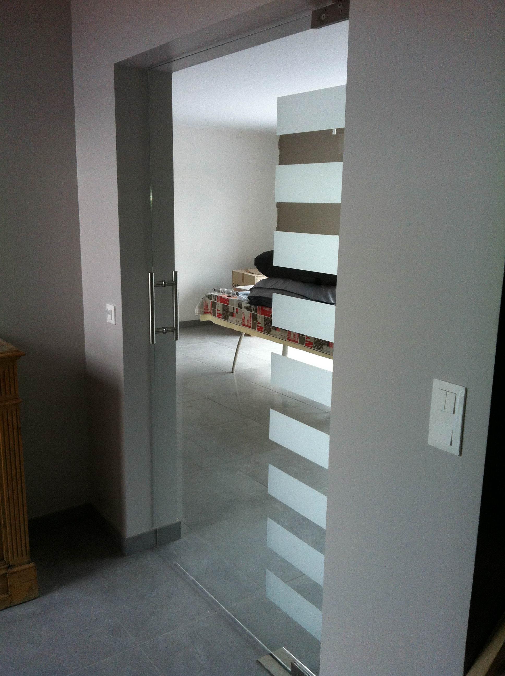 beautiful porte sur pivot photos. Black Bedroom Furniture Sets. Home Design Ideas