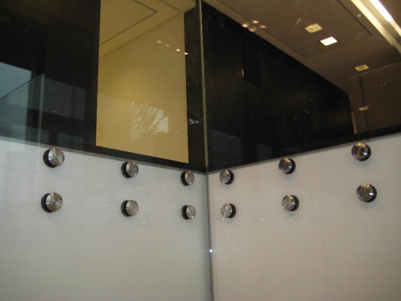 gardes corps en verre atelier du verre cr ations. Black Bedroom Furniture Sets. Home Design Ideas