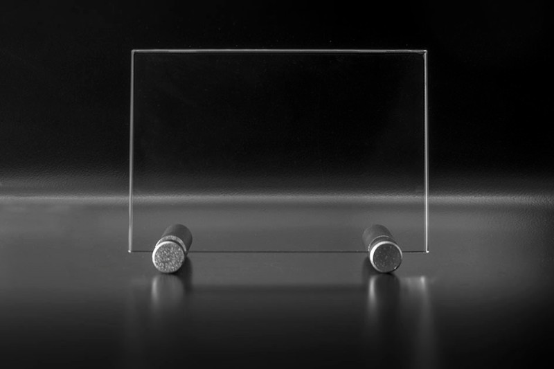 Plaque en verre avec support atelier du verre cr ations for Plaque de bureau en verre