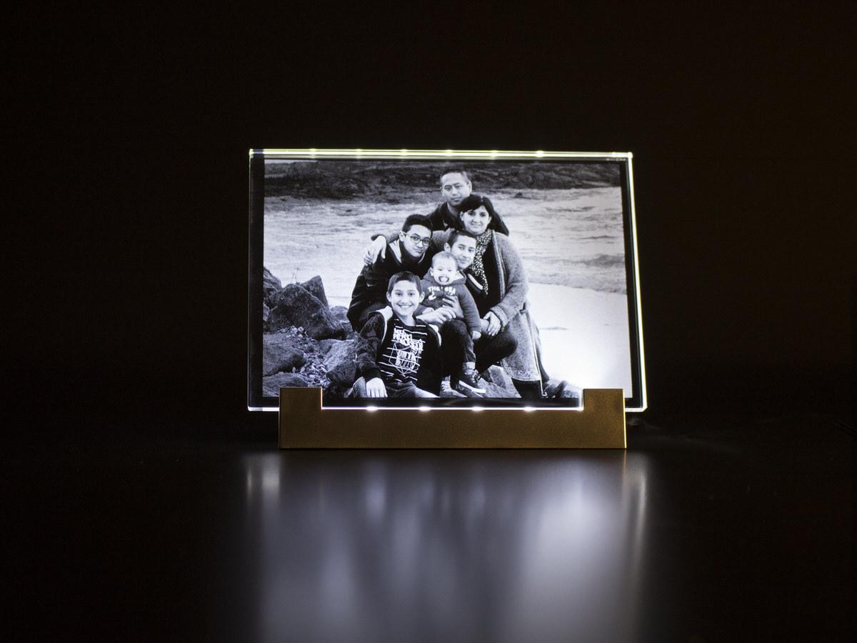 socle lumineux pour plaque en verre 8 mm atelier du. Black Bedroom Furniture Sets. Home Design Ideas
