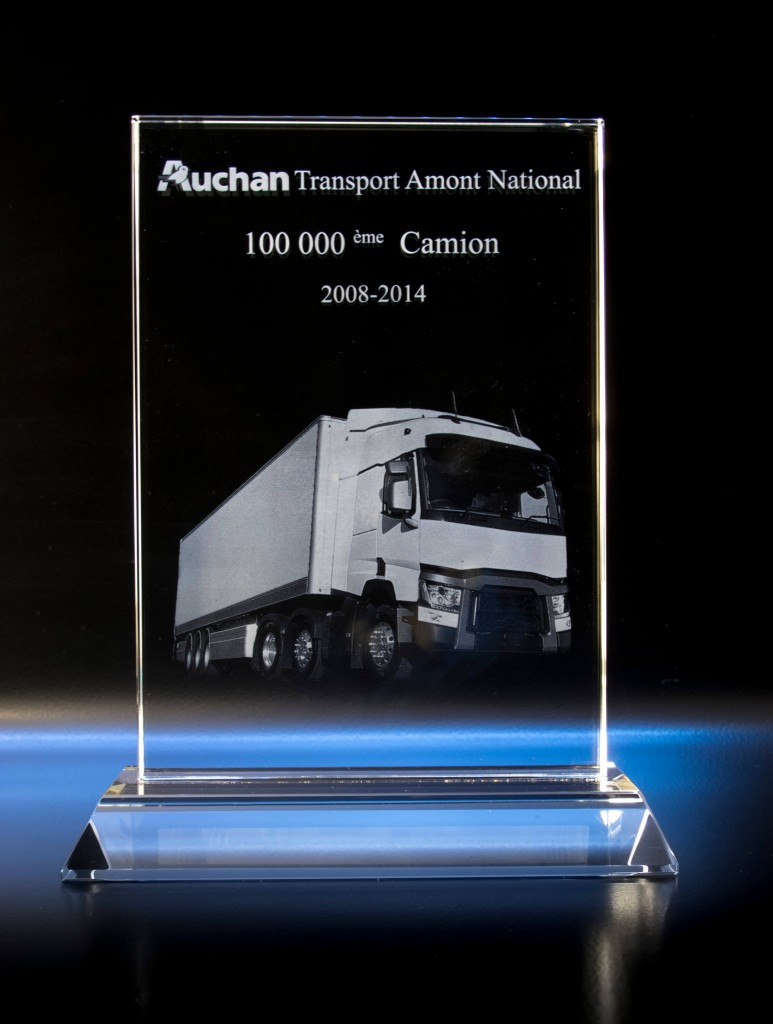 Trophée en verre Auchan Transport Amont National