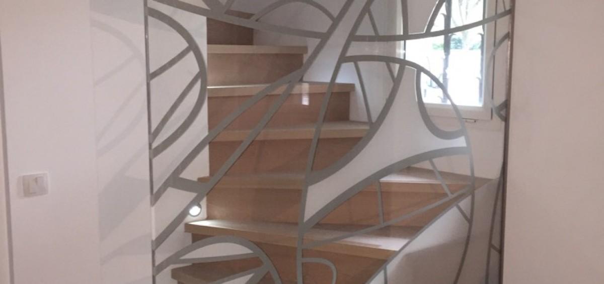 cloison en verre avec d poli partiel au sable atelier du verre cr ations. Black Bedroom Furniture Sets. Home Design Ideas