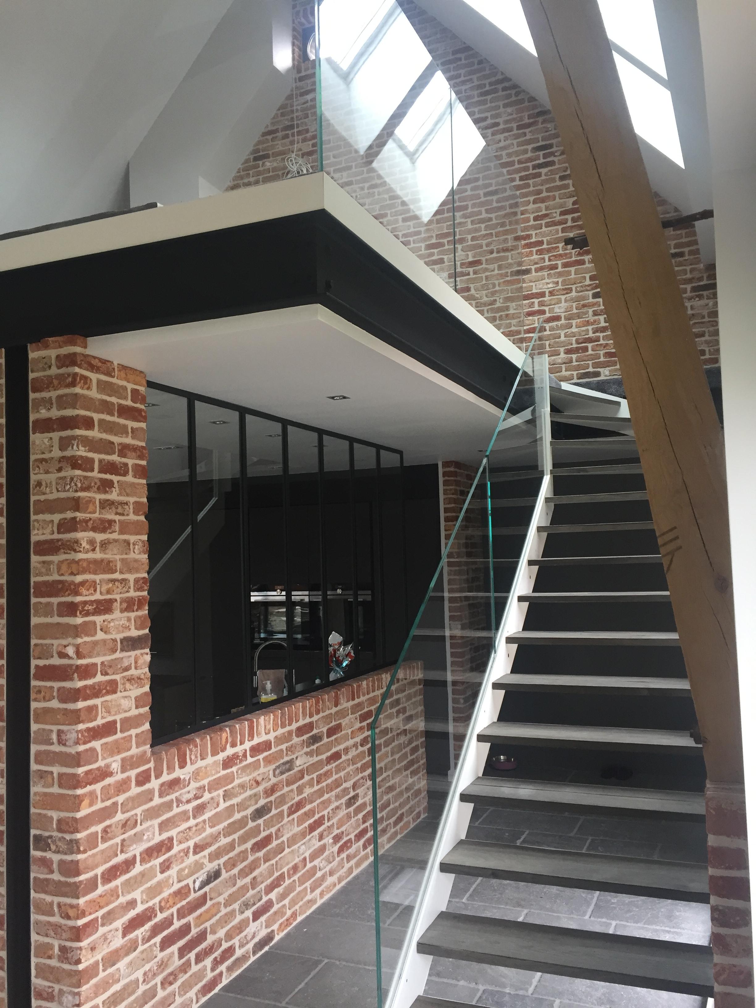 garde corps en verre escalier et mezzanine atelier du verre cr ations. Black Bedroom Furniture Sets. Home Design Ideas